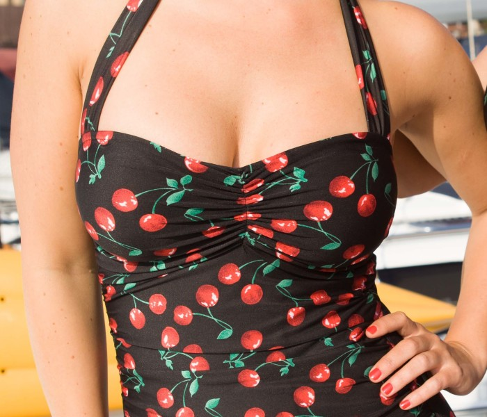 Classic Sheath Cherries Delight Black