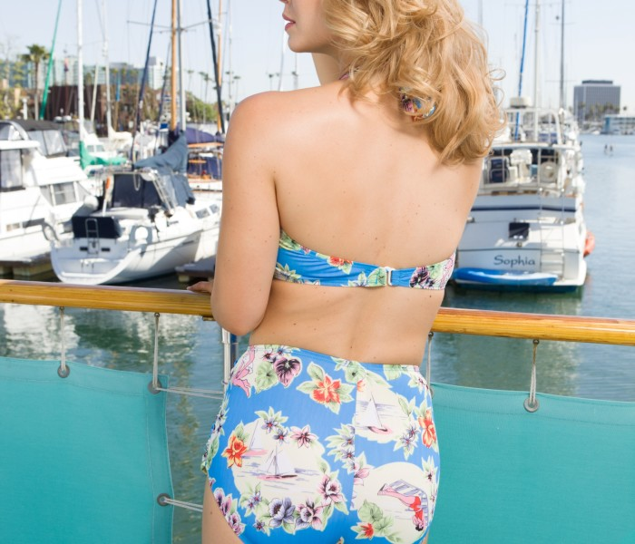 Two-Piece Classic Seaside
